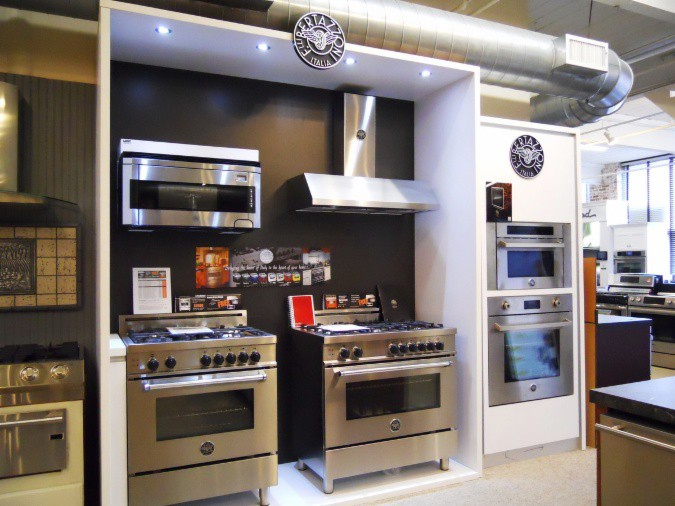 Bertazzoni Display