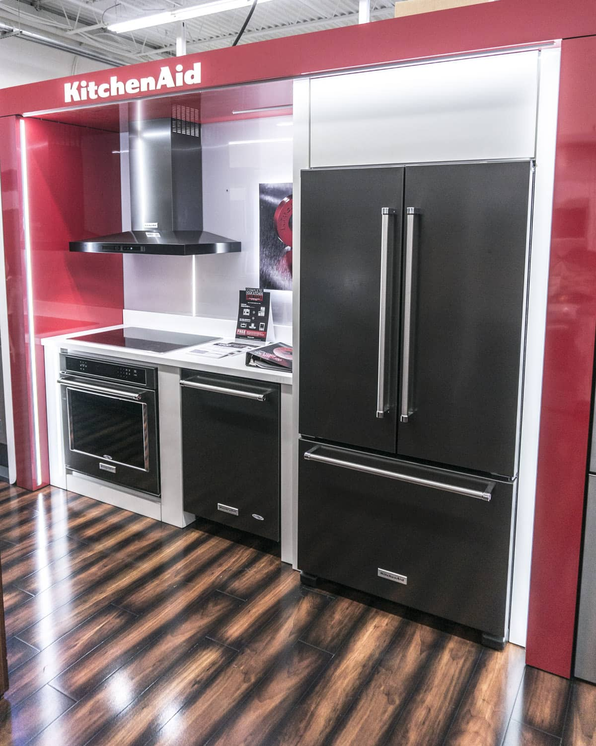 Boston appliance showroom north shore 39 s best source for appliances for Kitchen design showrooms boston